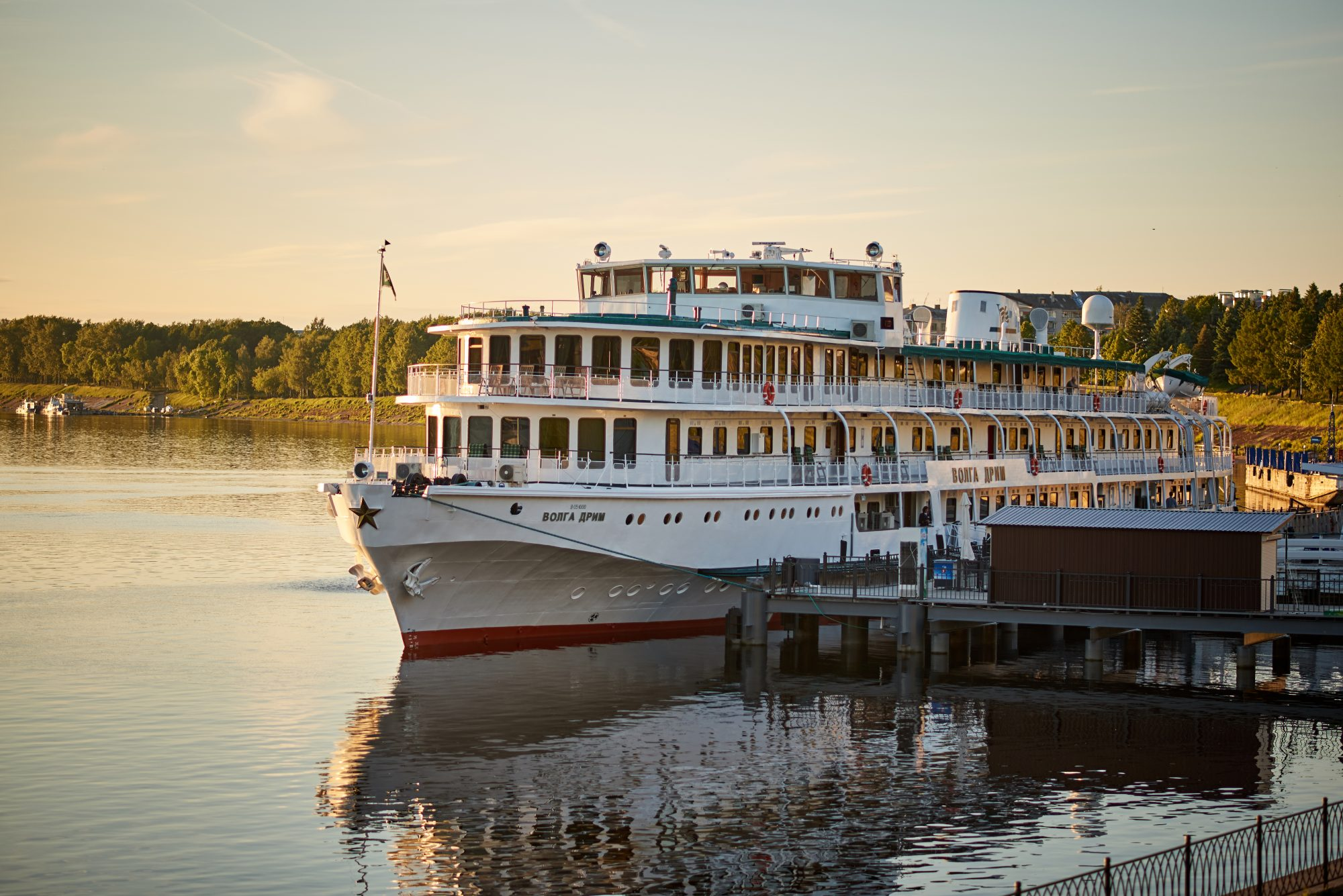 St. Petersburg - a motor ship with increased comfort. A real floating hotel